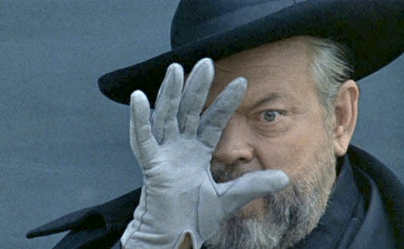 gabriel garcia marquez essays how orson welles f for fake teaches  how orson welles f for fake teaches us how to make the perfect how orson welles the handsomest drowned man in the world essay the handsomest