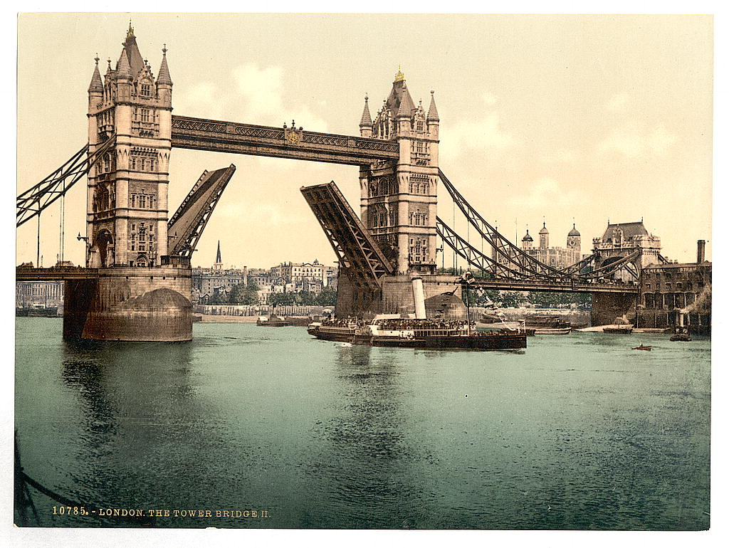 London in Vivid Color 125 Years Ago: See Trafalgar Square, the British Museum, Tower Bridge & Other Famous Landmarks in Photocrom Prints