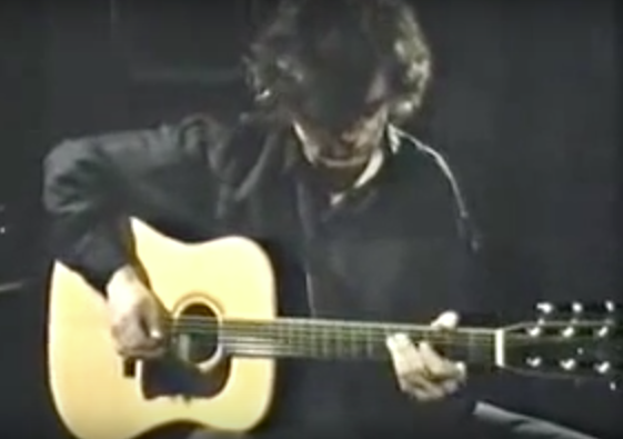 jimmy page unplugged led zeppelin s guitarist reveals his acoustic talents in four videos 1970. Black Bedroom Furniture Sets. Home Design Ideas