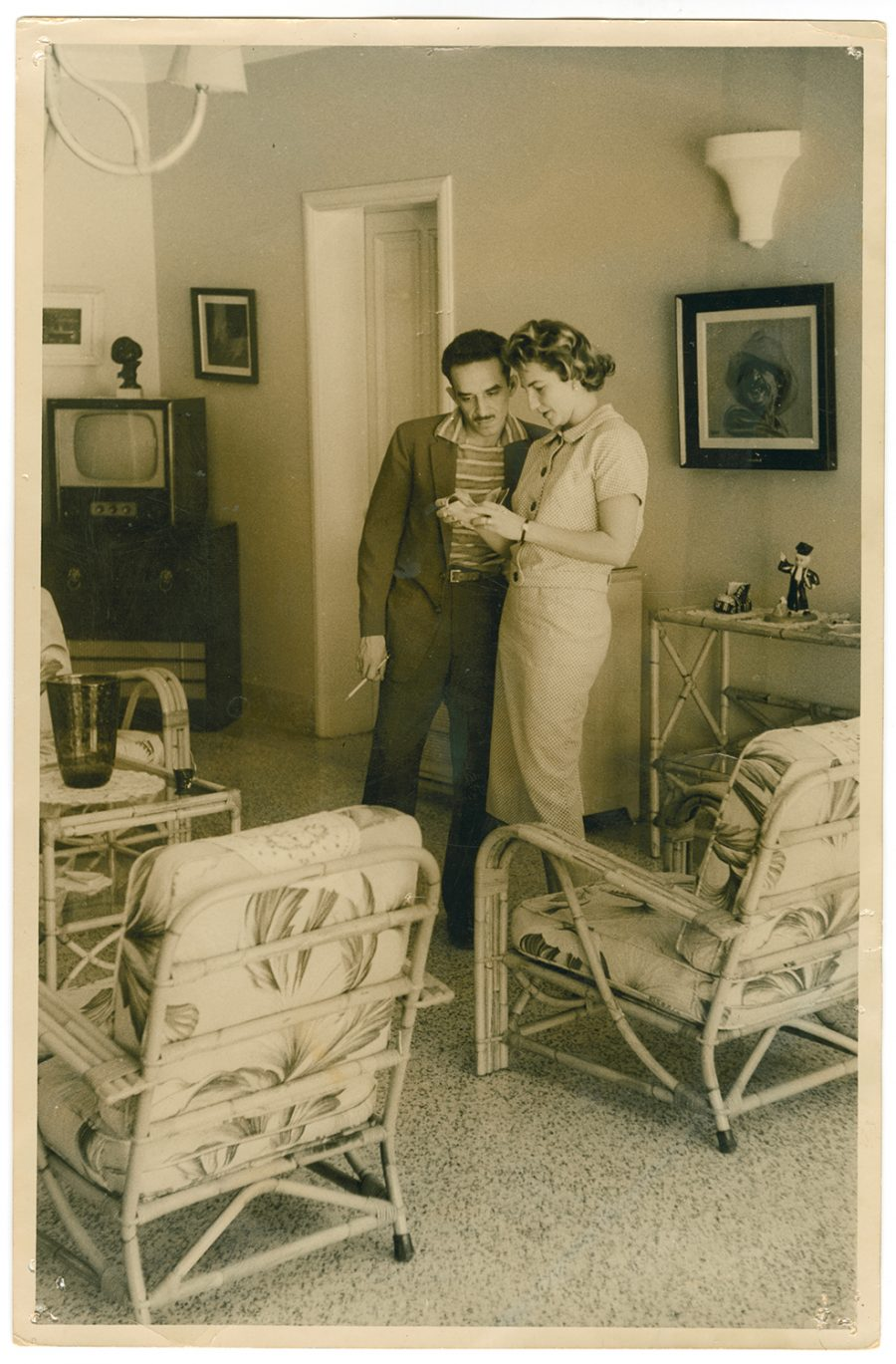 new gabriel garcia marquez digital archive features more than  gabriel garcia marquez emma castro 1957 courtesy harry ransom center