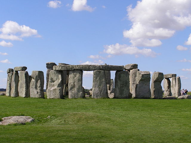 The Ancient Astronomy of Stonehenge Decoded