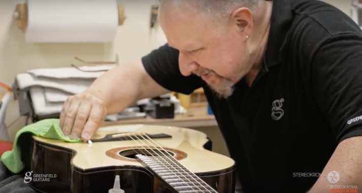 How to Build a Custom Handcrafted Acoustic Guitar from Start to Finish: The Process Revealed in a Fascinating Documentary