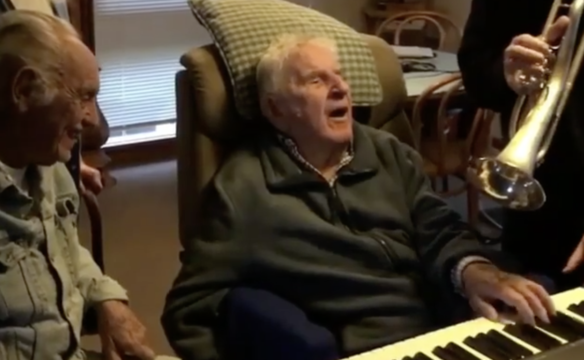 94-Year-Old Stroke Survivor Plays Jazz Piano for the First