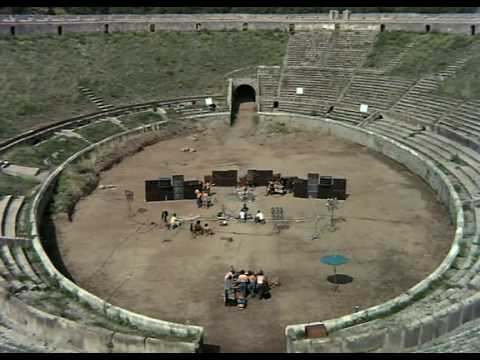 Watch Pink Floyd Play Live Amidst the Ruins of Pompeii in