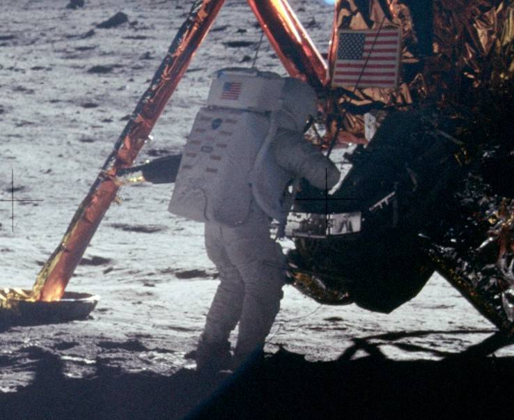 Neil Armstrong Sets Straight an Internet Truther Who Accused Him of Faking the Moon Landing (2000)