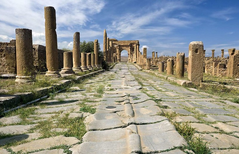 "Explore the Ruins of Timgad, the ""African Pompeii"" Excavated from the Sands of Algeria"