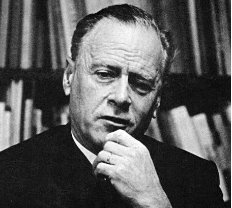 marshal mcluhan Understanding media: the extensions of man [marshall mcluhan] on amazoncom free shipping on qualifying offers clean, bright used copy with tight binding never a.