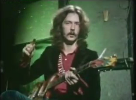 23-Year-Old Eric Clapton Demonstrates the Elements of His Guitar Sound