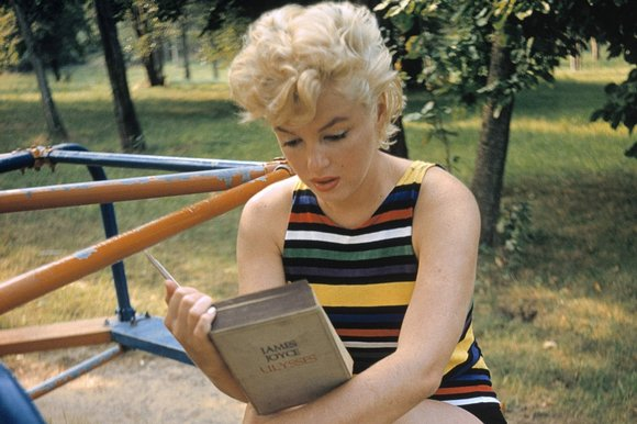 Marilyn Monroe Reads Joyce's Ulysses at the Playground (1955)