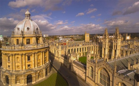 Take First-Class Philosophy Courses Anywhere with Free Oxford Podcasts