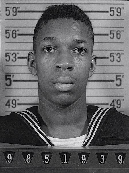 450px-U.S._Naval_Reserve_portrait_of_Johnny_Coltrane