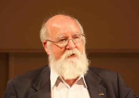 Daniel Dennett Presents Seven Tools For Critical Thinking