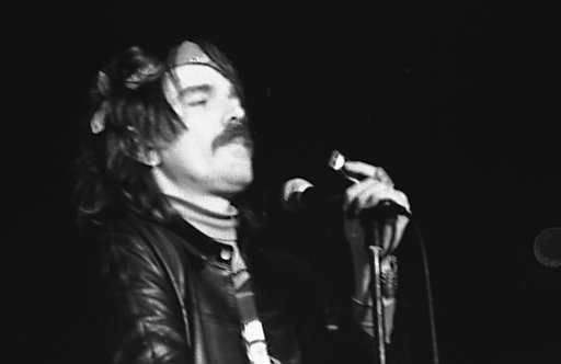 """Captain Beefheart Issues His """"Ten Commandments of Guitar Playing"""""""