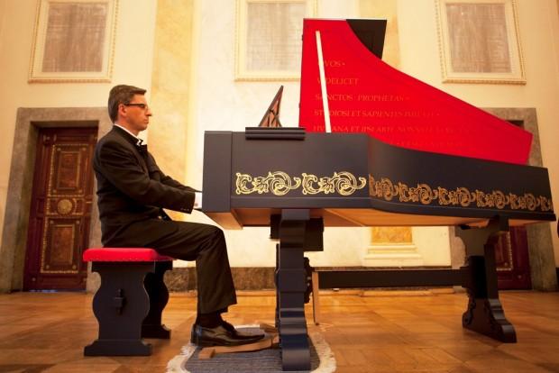 Watch Leonardo Da Vinci S Musical Invention The Viola