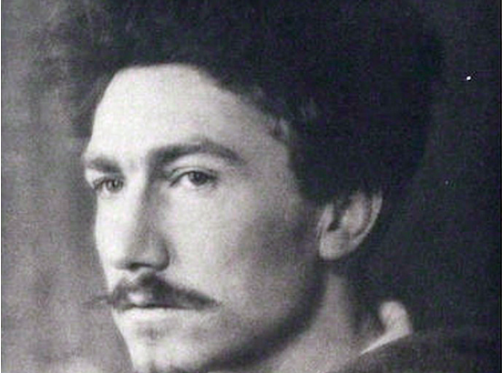 """an essay on modernism ezra pound and ts eliot It focuses on ezra pound, ts eliot and james joyce, who were responsible for  the  the marketing of modernism did not rely on """"modern"""" marketing  he  penned hundreds of articles, essays, poems, reviews, translations, librettos,."""
