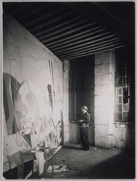 PicassoworkingonGuernica