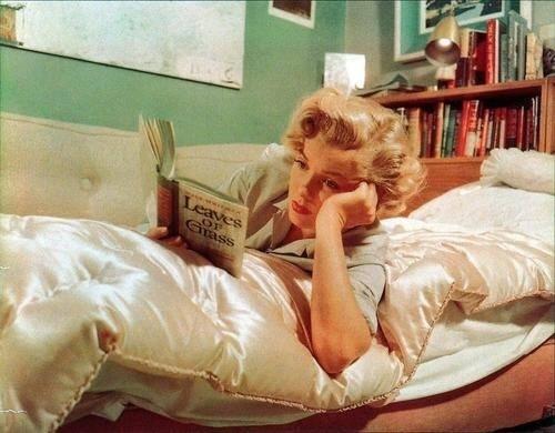 marilyn reads walt