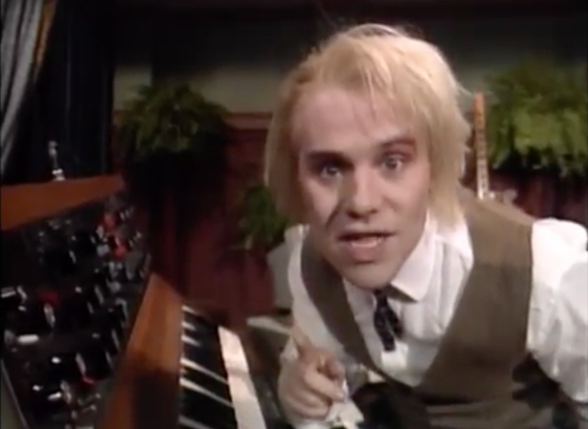 Thomas Dolby Explains How a Synthesizer Works on a Jim Henson Kids Show (1989)
