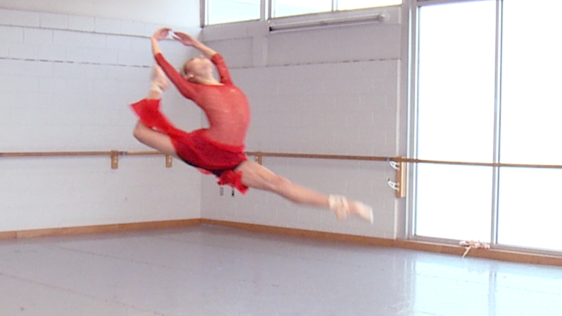 Ballet Dancers Do Their Hardest Moves in Slow Motion