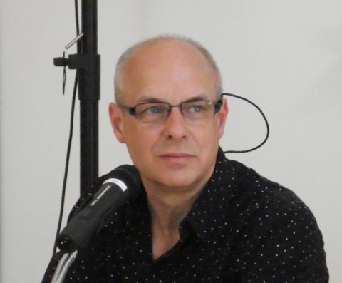 Brian Eno Presents a Crash Course on How the Recording Studio Radically Changed Music: Hear His Influential Lecture ?The Recording Studio as a Compositional Tool? (1979)