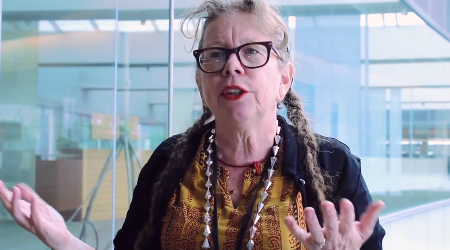 lynda barry  cartoonist turned professor  gives her old fashioned take on the future of