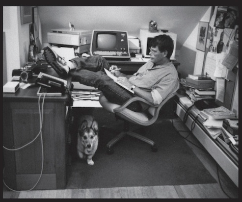 Stephen King Creates a List of 96 Books for Aspiring Writers to Read