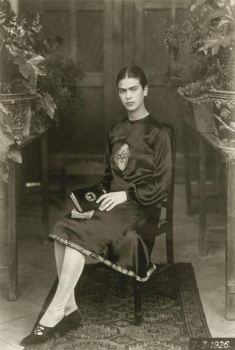 Young Frida Kahlo (9)