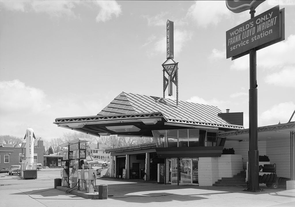 The Modernist Gas Stations Of Frank Lloyd Wright And Mies