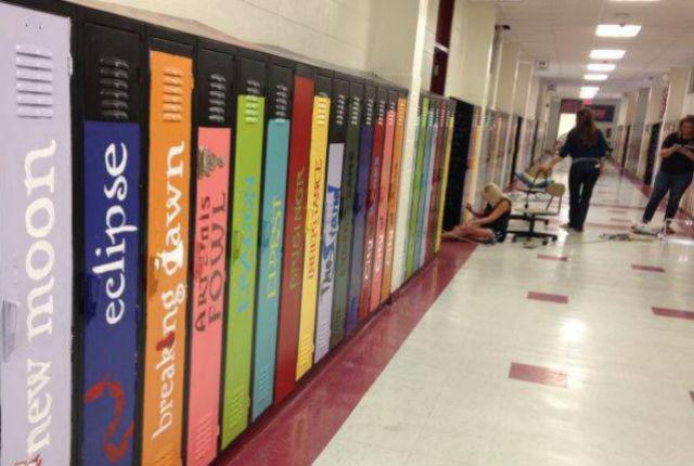 School Teachers Turn Old Lockers Into Literary Works of Art