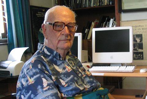 "Read Arthur C. Clarke's Super Short, 31-Word Sci-Fi Story, ""siseneG"""