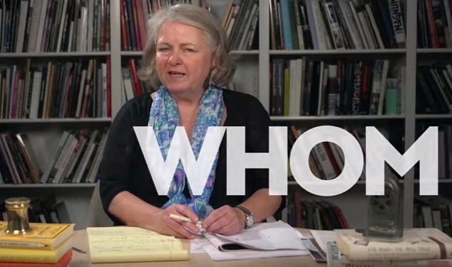 """The New Yorker's """"Comma Queen"""" Mercifully Explains the Difference Between Who/Whom, Lay/Lie, Less/Fewer & Beyond"""