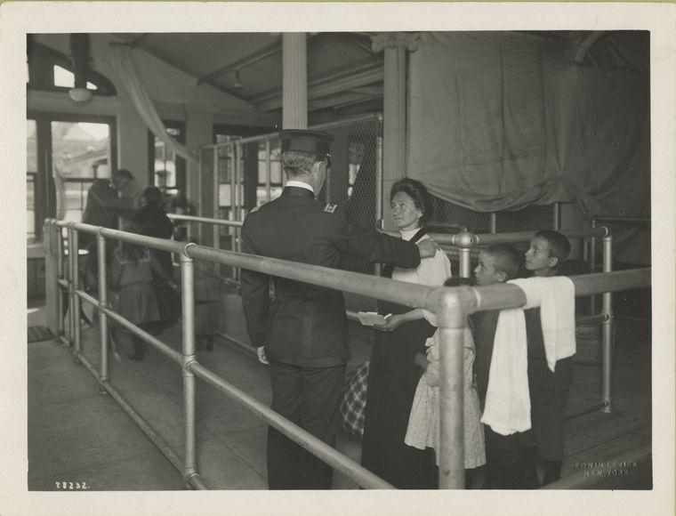 Ellis Island 2