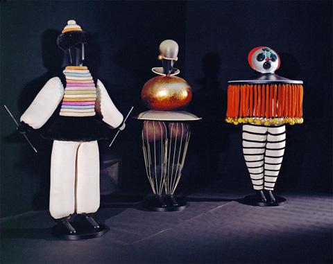 10_tradic-ballet-3-figures