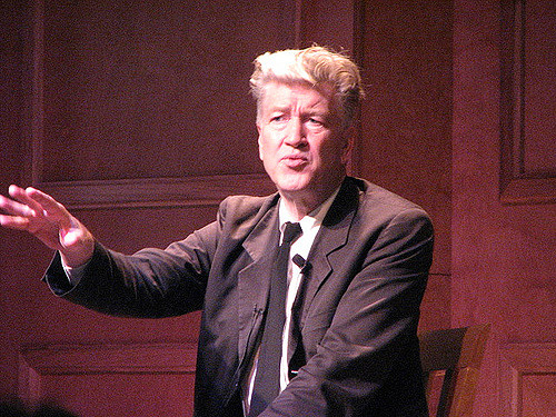 David Lynch Explains How Meditation Boosts Our Creativity (Plus Free Resources to Help You Start Meditating)
